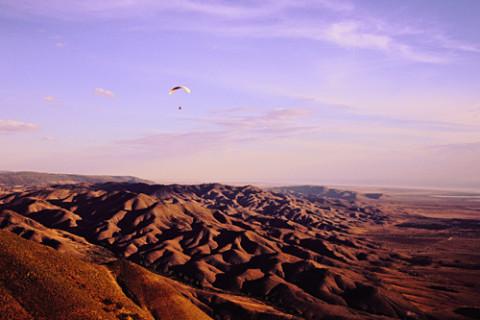 Paragliding in southern Australia - Photo:Kym Fielke