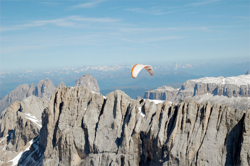 Thomas de Dorlodot and Ramon Morillas prepare for the 2009 red Bull X-Alps race by flying the entire route by paramotor