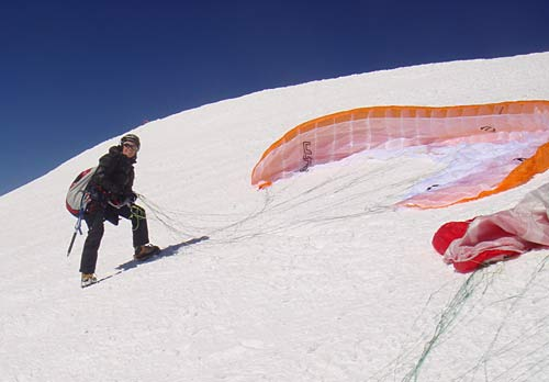 Squash Falconer launches just beow the summit of Mont Blanc