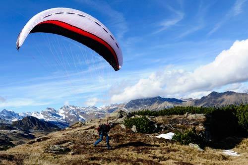 Icaro Wildcat intermediate paraglider