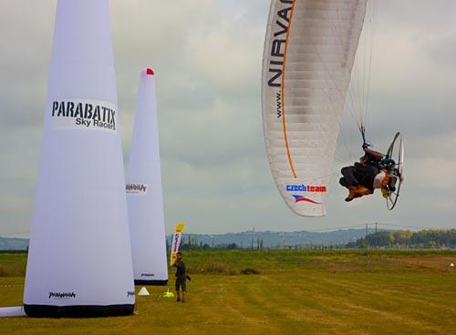 Nirvana Pavol screams round the inflatable pylons at Parabatix. Photo: Marcus King