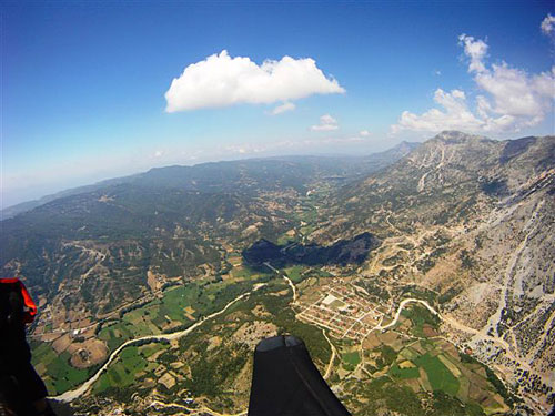 Epic paragliding conditions over the village of Empesos
