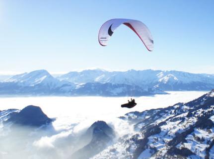Axispara's new EN D paraglider is the Venus III