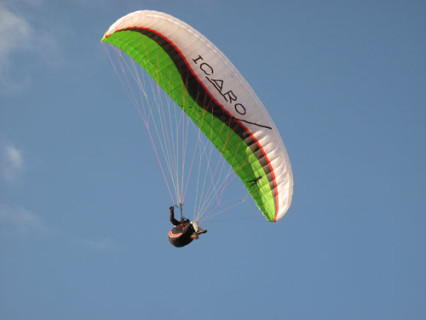 Icaro Instinct XS Acro, paraglider for freestyle and acro beginners