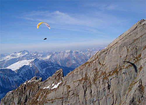 Michael Sigel flying his Boomerang 8 in the Wallis Alps, Switzerland. Photo: www.gingliders.com