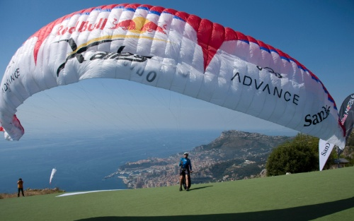 Chrigel Maurer launches from Mont Gros, Roquebrune, Monaco to win the 2009 Red Bull X-Alps