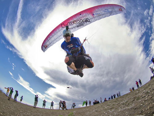 Chrigel Maurer launches for the final time. Photo: Red Bull X-Alps