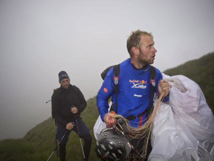 The heroic flatlander … Ferdinand van Schelven (NED) and his supporter hike to take off at Passo Tonale, Italy, 23 July 2011. Photo: Red Bull X-Alps