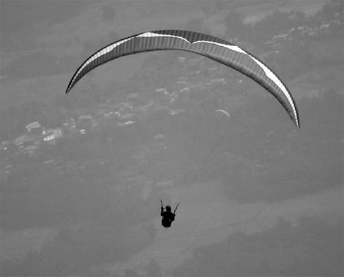 "Ozone's new EN D paraglider, the EnZo, is ""not really for EN D pilots"""