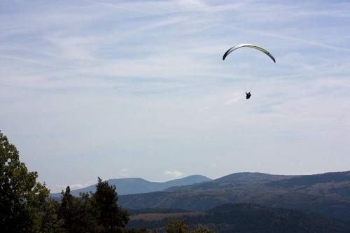 Marcus King enjoying some early-season thermals at Col de Bleyne