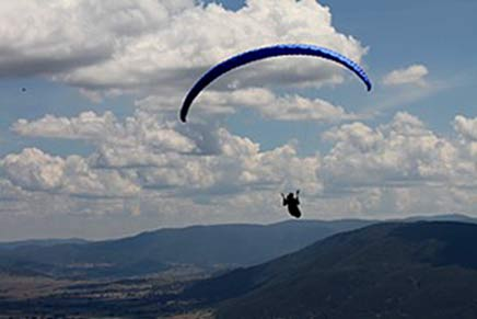Great cross country flying conditions were enjoyed at the Corryong Open and Pub-to-Pub challenge 2012