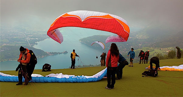 Low cloud on launch at Annecy