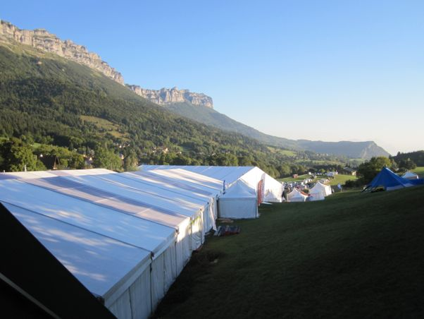 The Coupe Icare 2012 wakes up to a blue sky on Friday morning