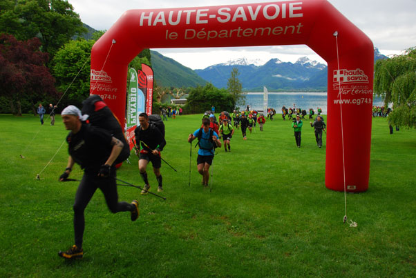 Racing start at the Bornes to Fly 2013. Photo: Andy Pag