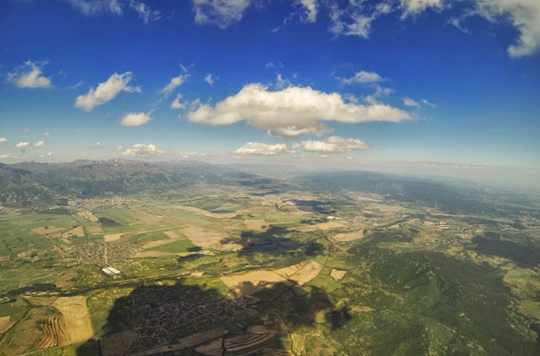 A perfect day … looking across the flats in the Sopot valley. Sopot is in the left corner, below the ridge in the distance. Yassen flew 250km on this day. Photo: Yassen Savov. All photos: Yassen Savov
