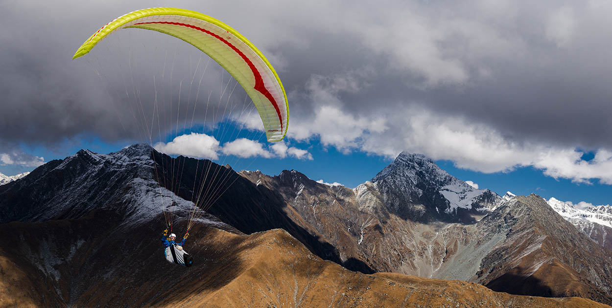 Paragliding in Bir. Photo: Jerome Maupoint