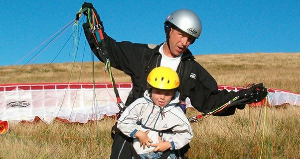 Jack-Pimblett-Paragliding-320