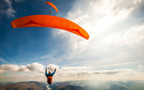 Jerome Maupoint paragliding in England