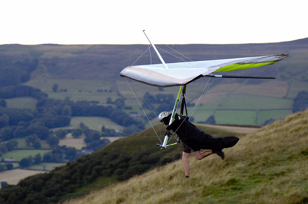 Avian: UK hang gliding business for Sale | Cross Country