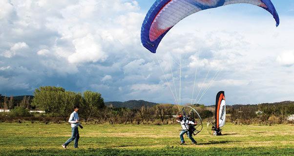 Paramotor launching
