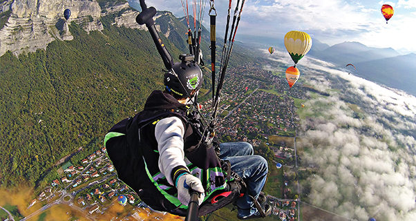 Paragliding with hot air balloons, Coupe Icare, Theo de Blic