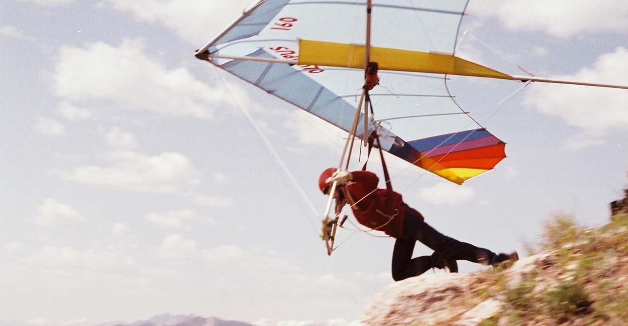 Stewart Midwinter in his early hang gliding days