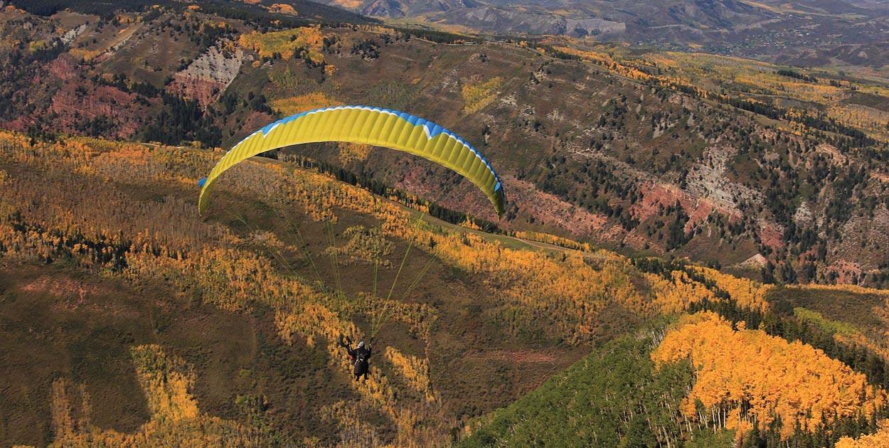 Paragliding Aspen, Colorado
