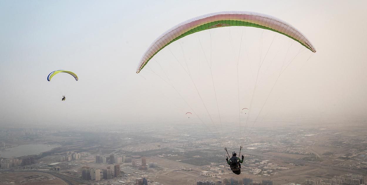 Paragliding in Tehran. Photo: Erfan Kouchari