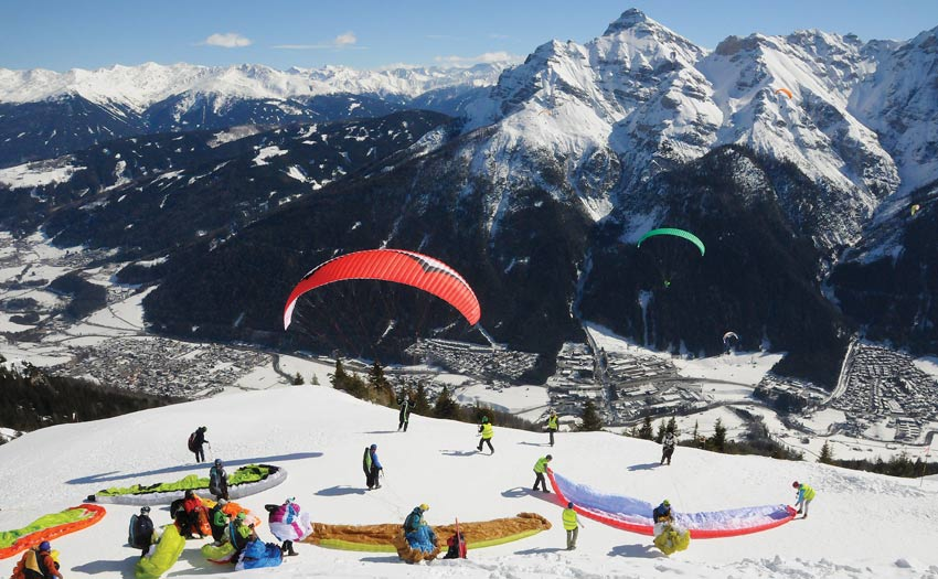 Paragliding in the Stubai Valley