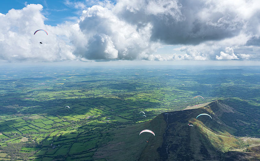 How to fly far on a paraglider. Photo: Harry Bloxham