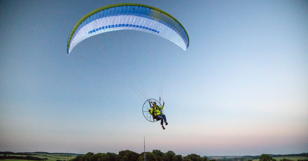 Apco's hybrid paraglider review. Photo: Ed Ewing