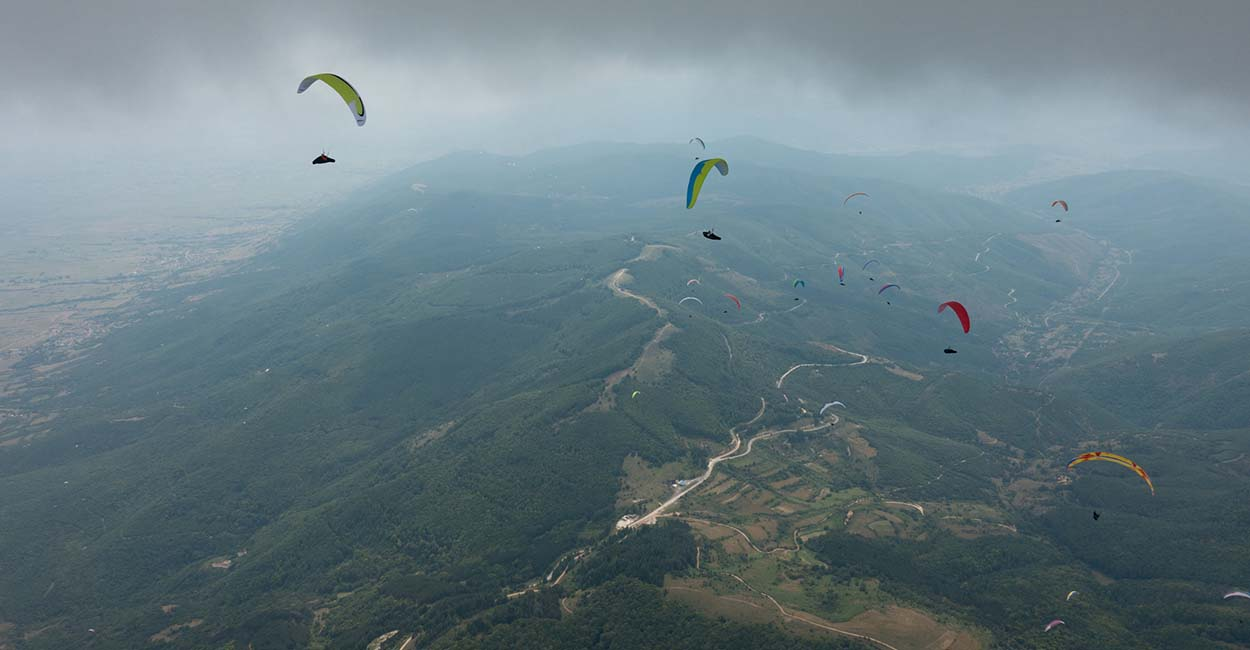 Flying in Krusevo. Photo: Lawrie Noctor