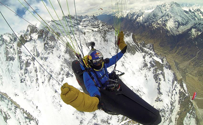 Veso Ovcharov paragliding in the Karakoram