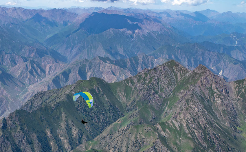 Paragliding in Qilian, China. By Mads Syndergaard