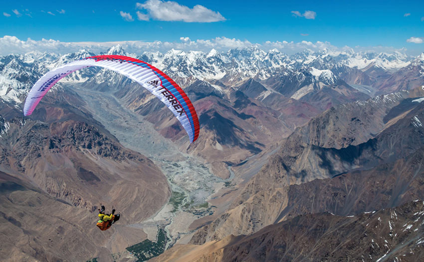 Antoine Girard paragliding in the Karakoram in summer 2018