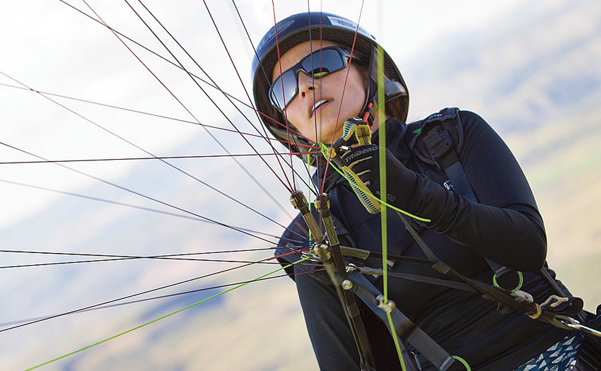 Marcella Uchoa Brazilian paraglider pilot and record holder