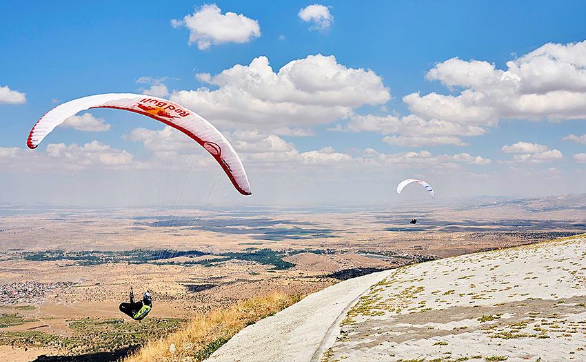 Complete paraglider pilots. Photo: John Stapels