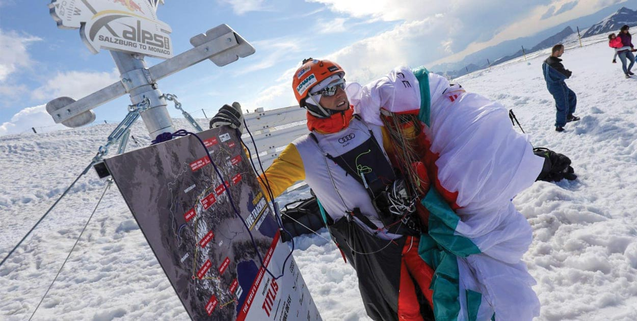 Red Bull X-Alps 2019 Chrigel Maurer on Titlis