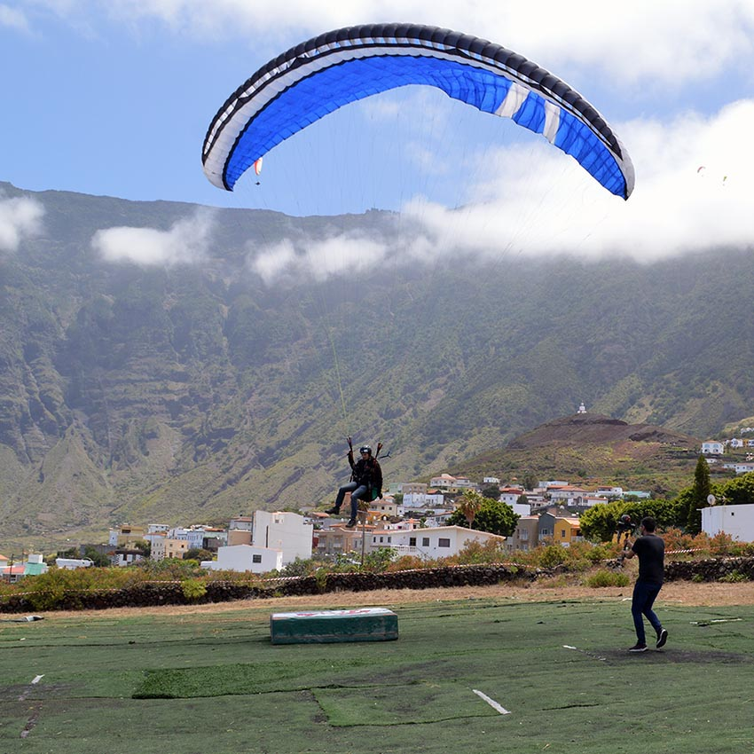 Spot landing at the El Hierro International Paragliding Festival. Photo: Andy Pag