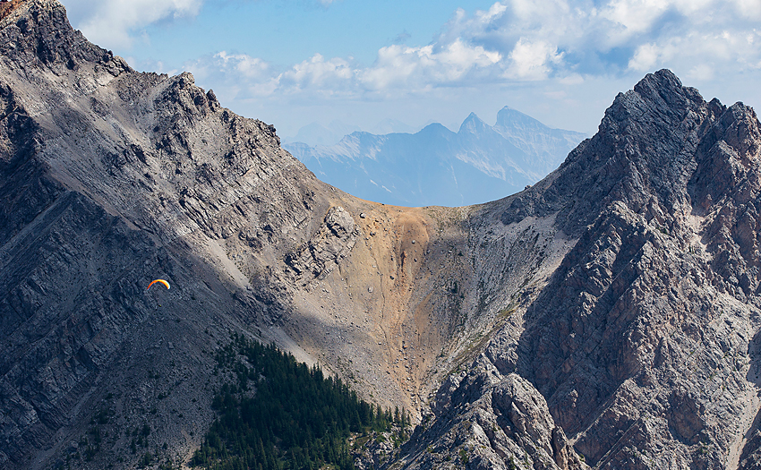Paragliding in the USA. Photo: Jody MacDonald