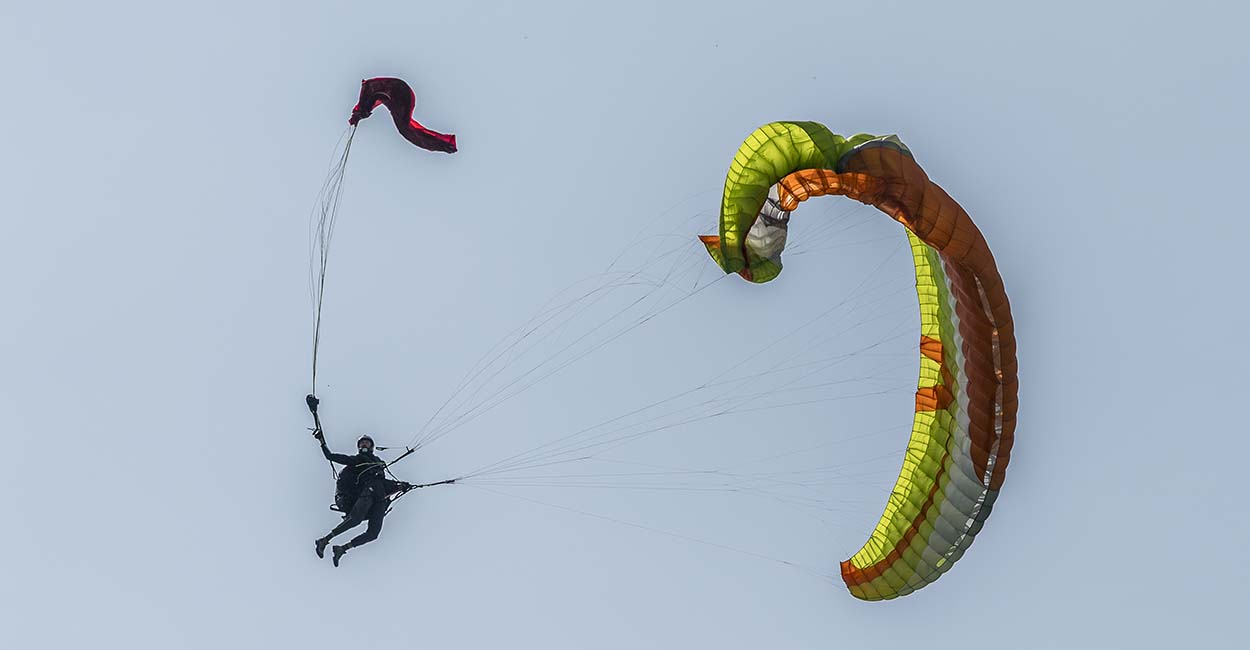 Reserve-Throw-Video-Paragliders