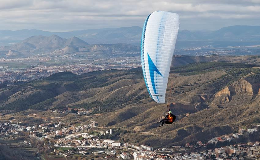 Swing Helios (EN C) paraglider review. Photo: Erwin Voogt