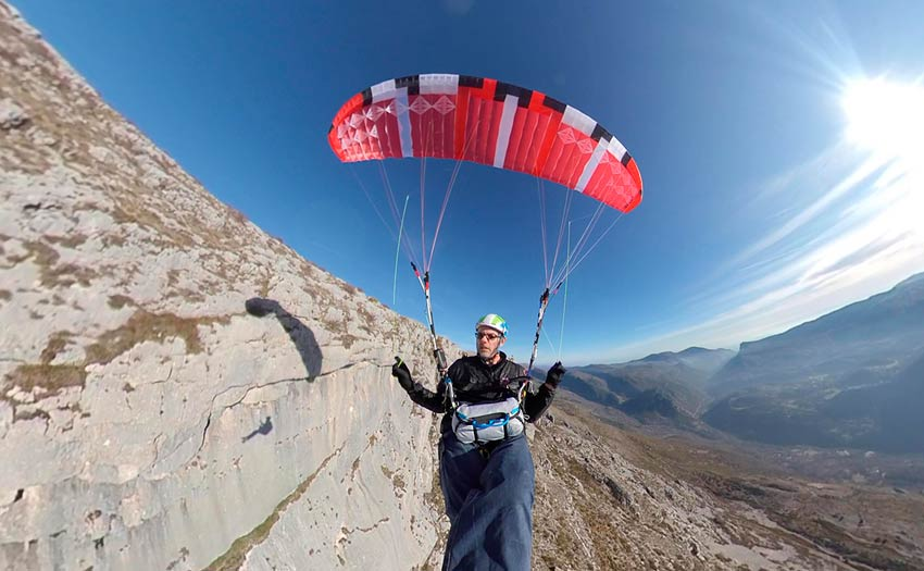 Paraglider review of the Dudek V King. Photo: Marcus King