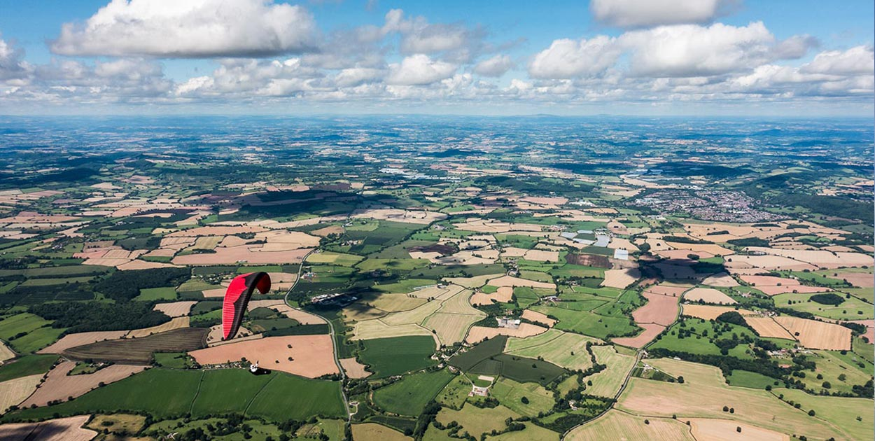 paragliding in England