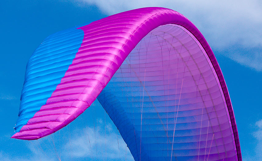 Two line paraglider, Ozone Enzo 3