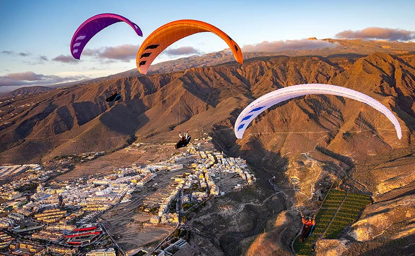 Paragliding in Tenerife. Photo: Pascal Purin