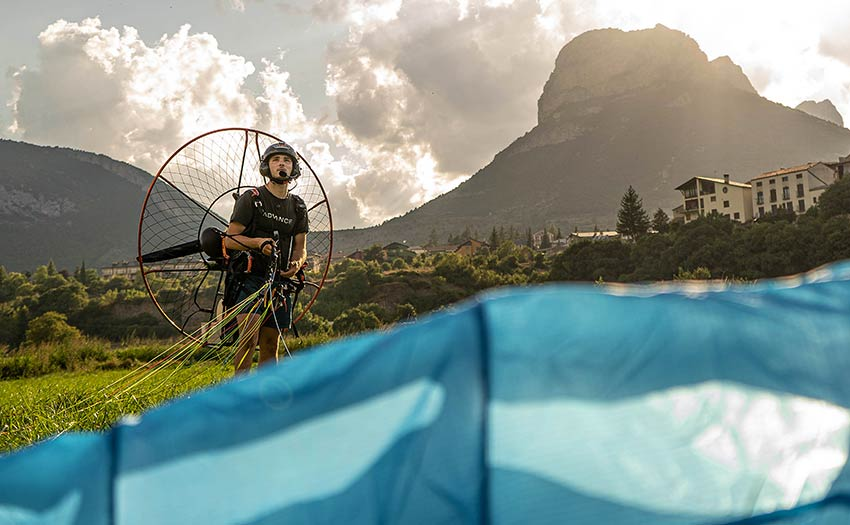 Jack Pimblett launched his paramotor. Photo: Neil Irwin