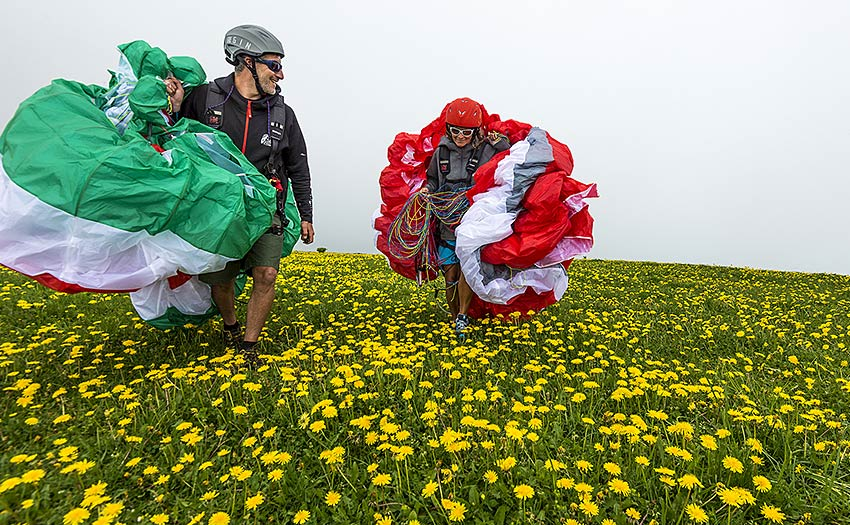 When to move up a class of paraglider. Photo: Jerome Maupoint
