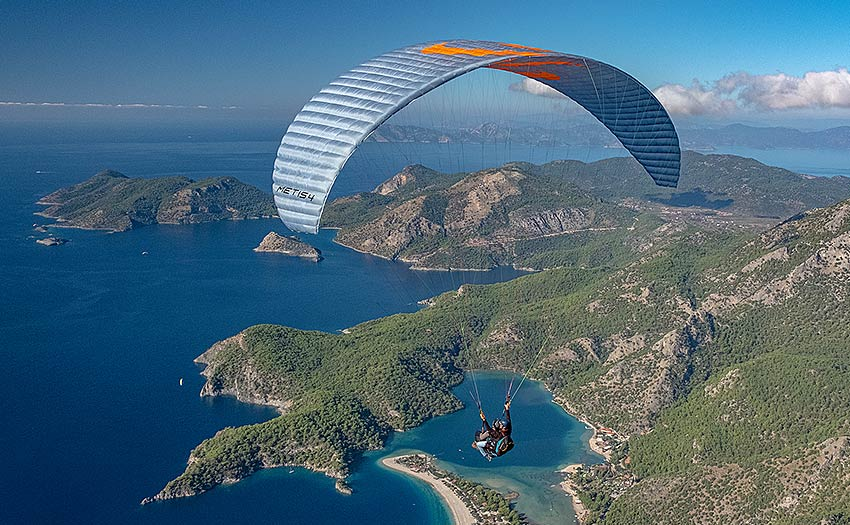 How to choose a tandem paraglider. Photo: Sky Paragliders