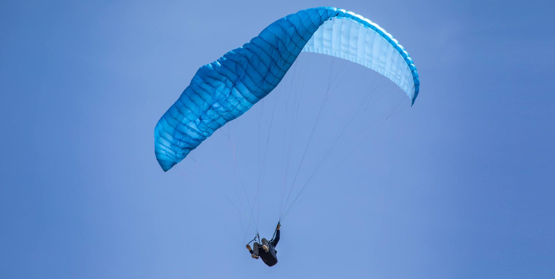 paraglider collapse